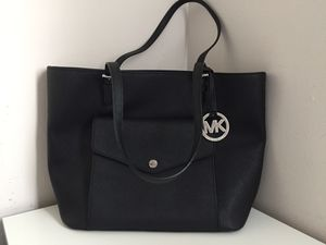 Michael Kors medium tote for Sale in Lake Forest, IL