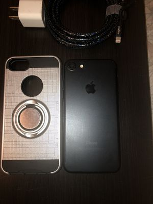 iPhone 7 128 gb AT&T / Cricket ( CashApp Only ) for Sale in Fresno, CA