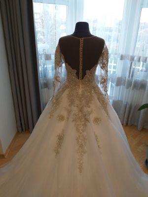 Royaldi Wedding dress for Sale in Arlington Heights, IL