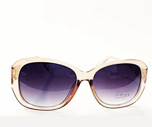 Fantastic Voyage Pink Sunglasses for Sale in Maricopa, AZ