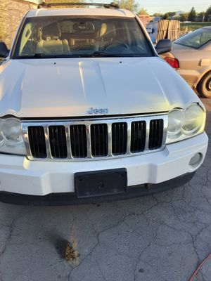 05 jeep grand Cherokee 5.7 hemi parts out or whole for Sale in West Valley City, UT