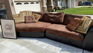 Couch set with table!! for Sale in Fontana, CA