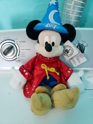 New Sorcerer Mickey mouse plush from Walt Disney World park. Authentic for Sale in NEW PRT RCHY, FL