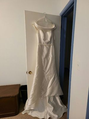 Ivory wedding dress size 12 worn once for Sale in Industry, PA