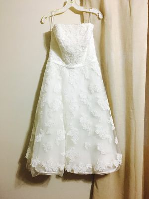 Davids Bridal Short Wedding Dress for Sale in Wildomar, CA