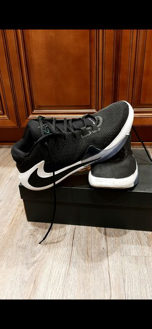 NIKE SHOES SIZE 12..WITH BOX for Sale in Paramount, CA
