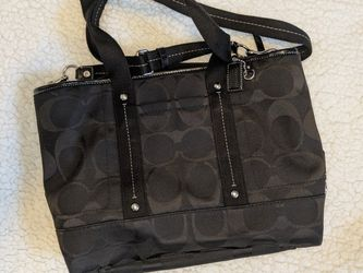 Coach Tote Crossbody Shoulder Bag for Sale in Seattle,  WA