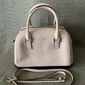 Kate Spade Crossbody Purse (Light Pink and Black). Great Condition. $75 for Sale in Montebello, CA