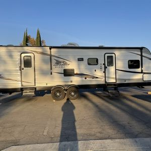 Jayco Baja Edition Travel Trailer for Sale in Hesperia, CA