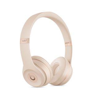 BRAND NEW IN BOX Beats Solo 3 Wireless Matte Gold for Sale in Boston, MA