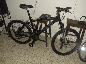 Trek Fuel X 5 5 Full suspension Mountain bike like new for Sale in Miami Beach, FL