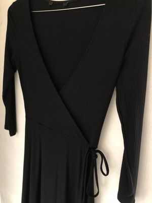 Forever 21 wrap dress for Sale in Chino, CA