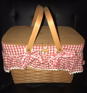Longaberger Large wooden woven handmade picnic basket >< signed 1991 retro rare collectibles for Sale in Sturtevant, WI