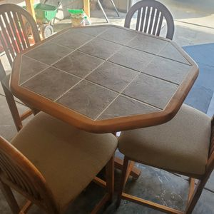 High Top Table $200 Obo for Sale in Durham, NC