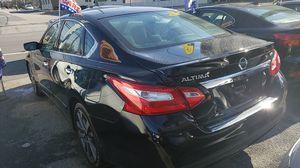 2016 Nissan Altima SR , 73500 miles on it for Sale in Glen Burnie, MD