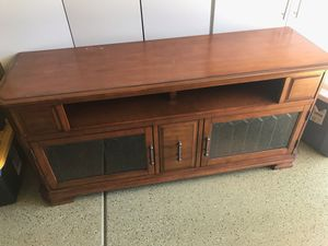 Free tv stand 62x28x19 for Sale in San Diego, CA