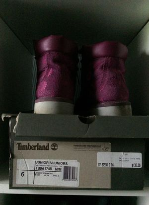 Flower print timberland boots for Sale in Pittsburgh, PA