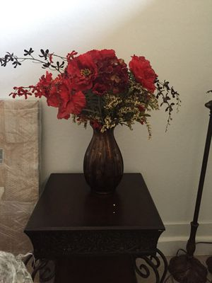 Vase and Flowers for Sale in Mesa, AZ