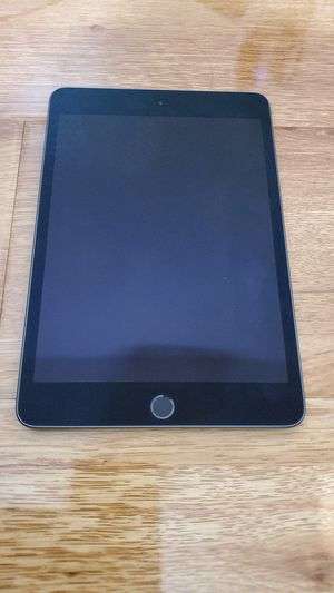 iPad Mini 5 (Latest Model) 64GB WiFi Space Gray for Sale in Phoenix, AZ