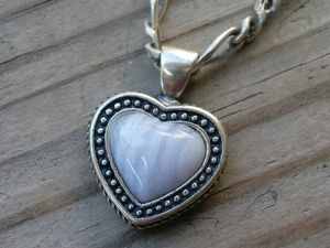 Sterling silver heart blue moonstone pendant and necklace for Sale in Elgin, IL