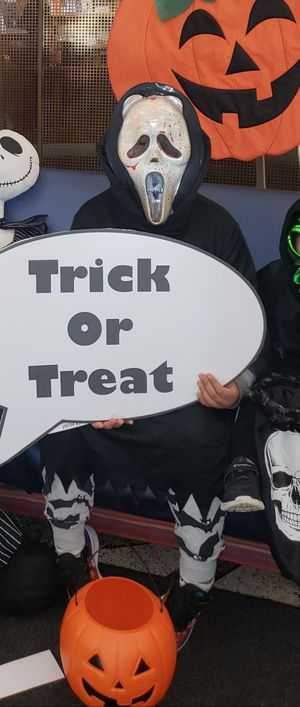 Scream costume for Sale in Indianapolis, IN