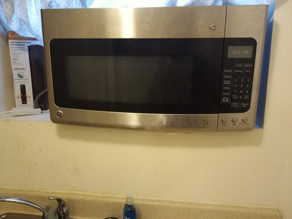 G.E microwave