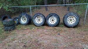 Thornbird 33x12.5x15 for Sale in Toano, VA