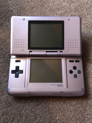 Nintendo DS NTR001 for Sale in Naperville, IL