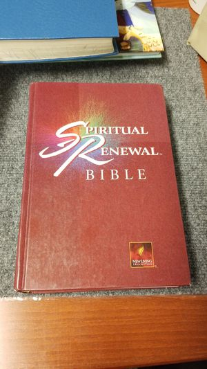 Spiritual Renewal Bible new living translation by tyndale house hardback for Sale in Phoenix, AZ