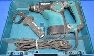 """Makita HR2811F 1-1/8"""" Corded Rotary Hammer Drill with Case ... for Sale in Escondido, CA"""