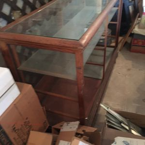 5' Display Case OAK for Sale in Elizabethtown, PA