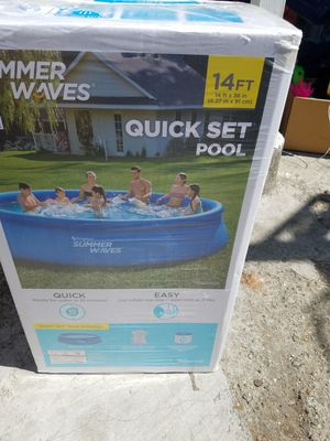 Summer waves pool 14ft x 36in (Quick Set Up). New for Sale in Oakland, CA