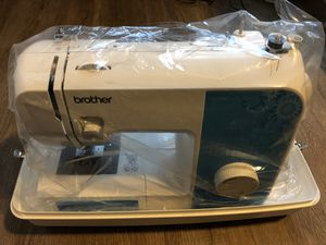 Brother sewing machine for Sale in Valrico, FL