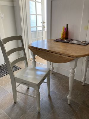 Round Adjustable Kitchen Dining Table for Sale in San Francisco, CA