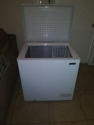 Magic chef freezer for Sale in Glendale, AZ