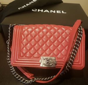 RED CHANEL BOY BAG SERIOUS BUYERS ONLY PERFECT GIFT for Sale in Santa Clarita, CA