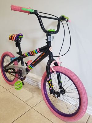 "LittleMissMatched 18"" Bike Young girl , Multi- Color Bicicleta for Sale in Miami, FL"
