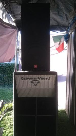 Par de JBL jrx y par de bajos Cerwin vega for Sale in Bell, CA