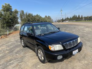 2001 Subaru Forester all wheel drive! Excellent condition for Sale in Clovis, CA