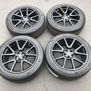 "18"" oem Tesla Model 3 factory wheels 18 inch semi gloss black rims Tesla 3 Michelin tires for Sale in Santa Ana, CA"