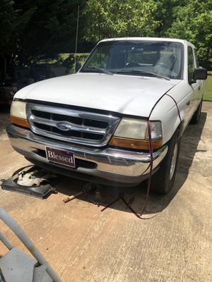 99 ford ranger v6. 3.0 xtra cab. Need head gasket. for Sale in Dacula, GA