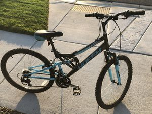 Ladies 18 speed bike for Sale in Eagle, ID
