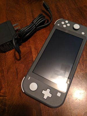 Nintendo switch brand new never used. Nuevecito. TRADE for Xbox one s or cash. for Sale in Phoenix, AZ