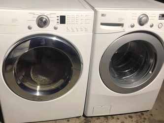LG Washer And Dryer Eléctric Set for Sale in Fresno,  CA