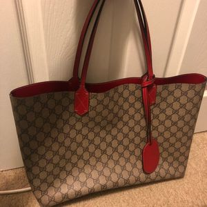 Gucci tote bag for Sale in Queens, NY