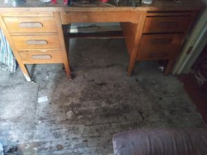 Hardwood office desk for Sale in Price, UT