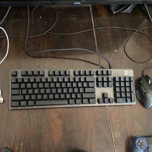 Logitech Keyboard And Mouse for Sale in North Royalton, OH