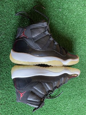 Jordan 11 (72-10s) size 6y almost brand new can't tell a thing only worn 1c for Sale in Huntington Park, CA