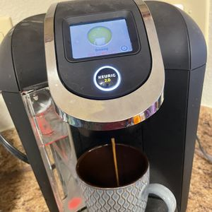 Keurig 2.0 Touch Screen (400 Dollar Value) for Sale in Wichita, KS