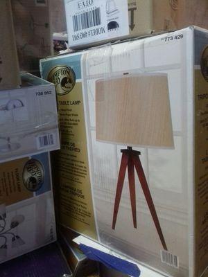 Hampton Bay tripod table lamp for Sale in Phoenix, AZ